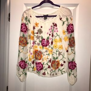 Chelsea & Theodore Embroidered flower top